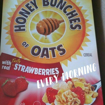 Photo of Post Foods, LLC HNY BNCH OAT STRWBRY 16.5OZ uploaded by The Blog By Taina ..