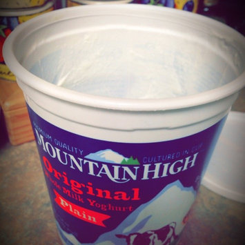 Mountain High Original Style Plain Yoghurt 3.25% Milkfat uploaded by Zeyn G.