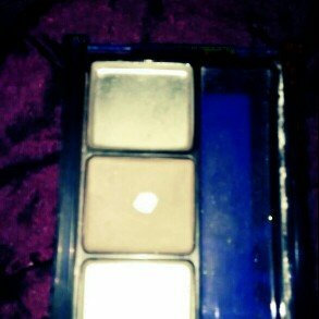 Maybelline Stylish Smokes Eyeshadow Quad uploaded by Gaby C.