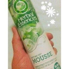 Herbal Essences Set Me Up Mousse uploaded by Tamiris P.