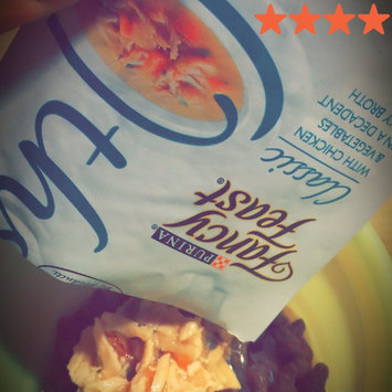 Photo of Fancy Feast® Wet Cat Food With Chicken & Vegetables In A Decadent Silky Broth uploaded by Denise B.