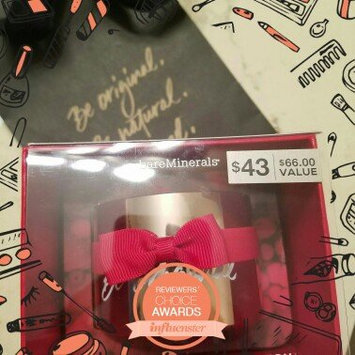 Photo of bareMinerals Deluxe Original Foundation Collector's Edition uploaded by Lori W.