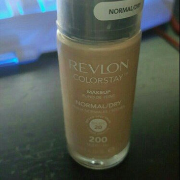 COVERGIRL Stay Luminous Foundation uploaded by leticia b.