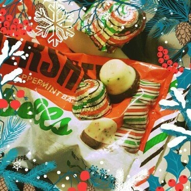Hershey's Peppermint Bark Bells 9 oz. Bag uploaded by Ashley C.
