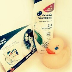 Head & Shoulders Green Apple 2-in-1 Dandruff Shampoo & Conditioner uploaded by Alex C.