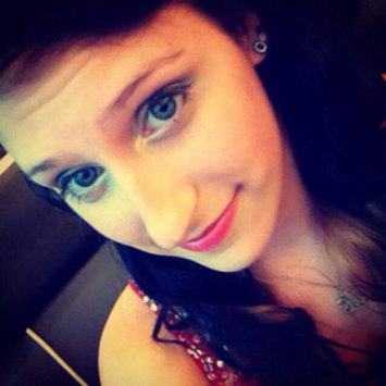 Photo of Revlon Colorstay Creme Gel Eye Liner uploaded by Angela J.