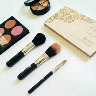 Photo of BH Cosmetics Be... by BubzBeauty Eyeshadow Palette uploaded by Eiyllie Z.