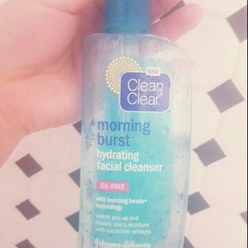 Photo of Clean & Clear® Morning Burst® Hydrating Facial Cleanser uploaded by crystal g.