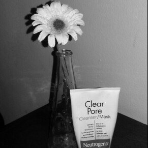 Photo of Neutrogena® Clear Pore Cleanser/Mask uploaded by Nicole G.