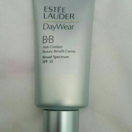 Estée Lauder DayWear Anti-Oxidant Beauty Benefit BB Creme SPF 35-LIGHT / MEDIUM-One Size uploaded by gra d.