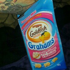 Photo of Pepperidge Farm Goldfish Grahams Vanilla Cupcake Graham Snacks uploaded by Kate W.