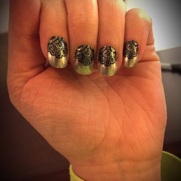 Photo of Sally Hansen® Salon Effects Real Nail Polish Strips uploaded by Marianne M.