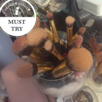 Photo of Sculpt and Blend - 10 Piece Brush Set uploaded by Sophiee S.