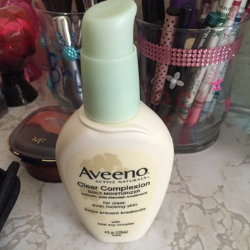 Photo of Aveeno® Clear Complexion Daily Moisturizer uploaded by Janine T.