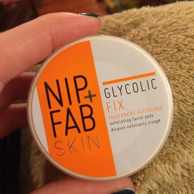 Nip + Fab Glycolic Fix Exfoliating Facial Pads - 60 Count