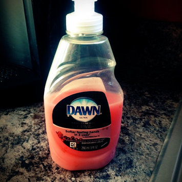 Dawn Hand Renewal with Olay Pomegranate Splash uploaded by Kathryn C.