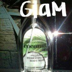 Organix OGX Nourishing Coconut Oil Weightless Hydrating Oil Body Mist - 6.8 oz uploaded by Alexandra N.