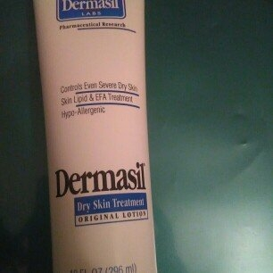 Dermasil Labs Dermasil Dry Skin Treatment, Original Formula 10 Oz Tube uploaded by sol a.