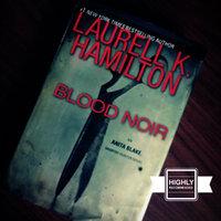Blood Noir (Anita Blake, Vampire Hunter, Book 16) uploaded by Deactivated A.