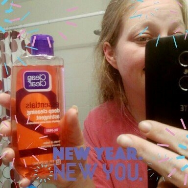 Clean & Clear Essentials Deep Cleaning Astringent uploaded by Christy G.