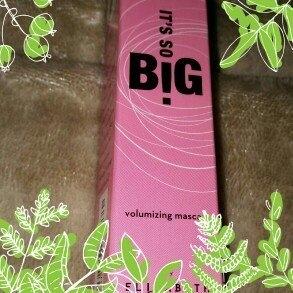 It's So BIG Volumizing Mascara (Black) by Elizabeth Mott Net Weight 0.33 fl oz/10ml uploaded by Holly N.