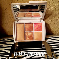 Hourglass Ambient® Lighting Edit - Surreal Light uploaded by Mary R.