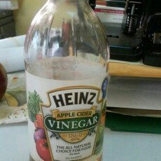Photo of Heinz Apple Cider Vinegar uploaded by Eridel R.