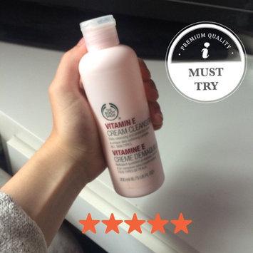 The Body Shop Vitamin E Cream Cleanser uploaded by tia d.