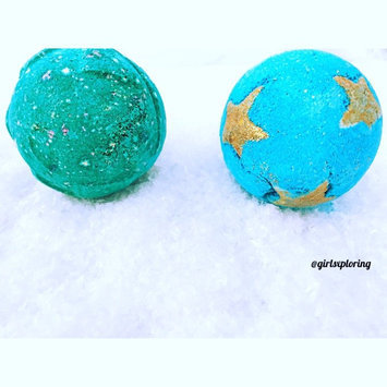 Photo of LUSH Shoot For The Stars Bath Bomb uploaded by Dora W.