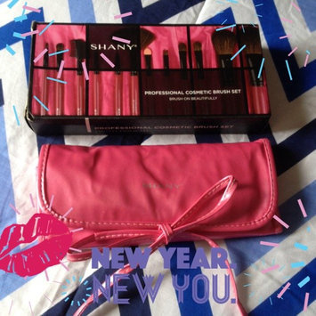 Photo of Shany Cosmetics SHANY Professional 12 - Piece Natural Goat and Badger Cosmetic Brush Set with Pouch - Red uploaded by María G.