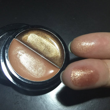 e.l.f. Essential Duo Eye Shadow Cream uploaded by Yenize d.