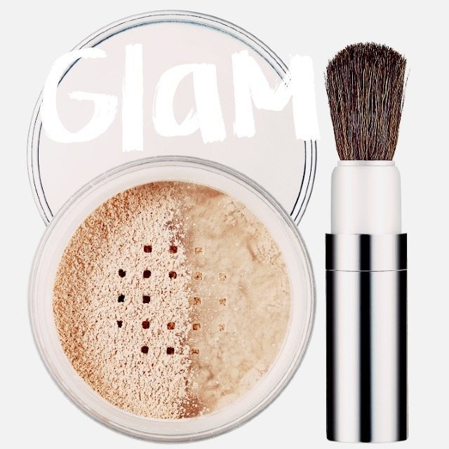Clinique Blended Face Powder & Brush uploaded by Nadine L.