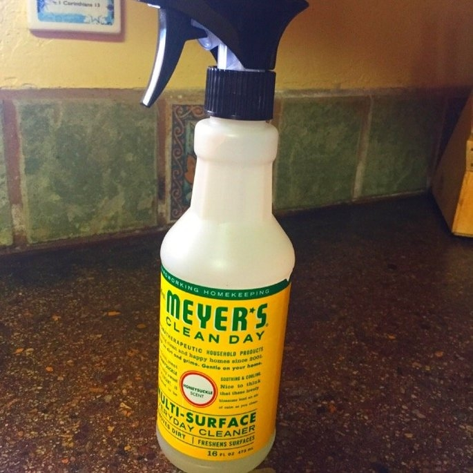 Mrs. Meyer's Clean Day Countertop Spray Honeysuckle uploaded by Athena J.