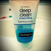 Neutrogena Deep Clean Invigorating Foaming Scrub uploaded by Jacky M.