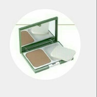 Clinique City Base Compact Foundation SPF 15 uploaded by Maria H.