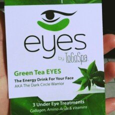 Photo of ToGoSpa Green Tea - Rejuvenating Eye Pads 3 piece uploaded by Yahaira g.