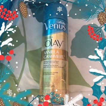 Gillette Venus® with a touch of Olay® Vanilla Cashmere™ Shave Gel uploaded by Malynda C.