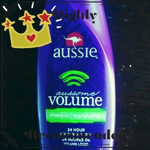 Photo of Aussie Aussome Volume Shampoo uploaded by Katia H.