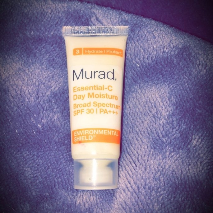 Murad Environmental Shield Essential-C Day Moisture uploaded by Karyn K.