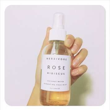Herbivore Rose Hibiscus Coconut Water Hydrating Face Mist 4 oz uploaded by Teresa T.