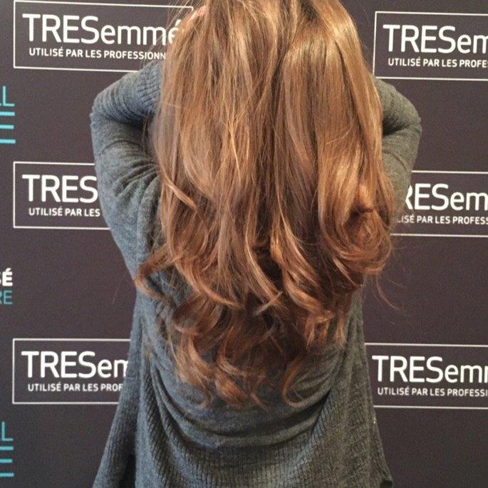 TRESemmé Beauty-FULL Volume Pre-Wash Conditioner & Shampoo uploaded by Mounira B.