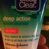 Clean & Clear® Deep Action Cream Cleanser 1 Oz Tube uploaded by Alejandra E.