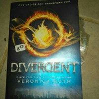 Harper Collins Publishers Divergent Series Ultimate Four-Book Box Set uploaded by Kenzie M.