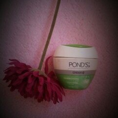 Photo of POND'S Crema C, 12.9-Ounce uploaded by Yiranny A.