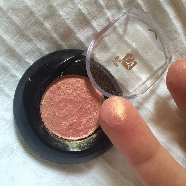 Lancôme Color Design Sensational Effects Eye Shadow Smooth Hold uploaded by Morgan G.