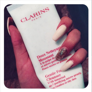 Clarins Exfoliating Body Scrub for Smooth Skin uploaded by Griselle H.