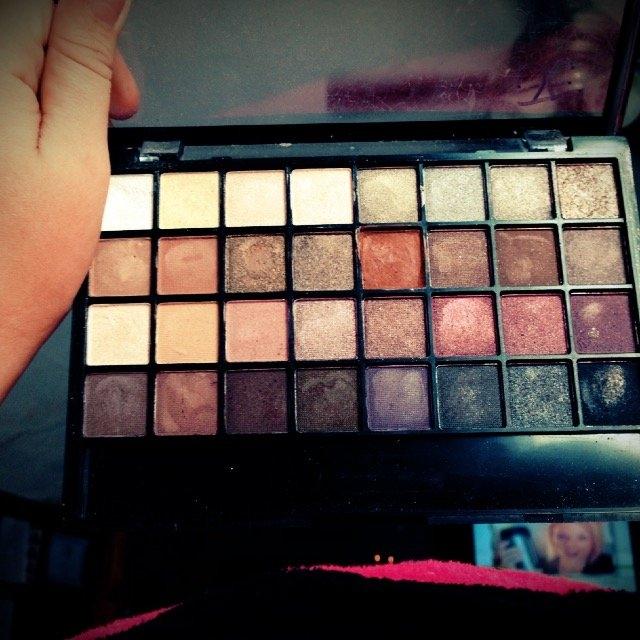 e.l.f. Studio Endless Eyes Pro Mini Eyeshadow Palette - Natural uploaded by Jasmine E.