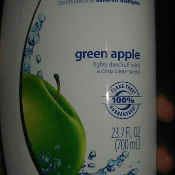 Head & Shoulders Green Apple Dandruff Shampoo uploaded by JaNiya R.