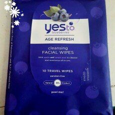 Photo of Yes To Blueberries Cleansing Facial Wipes uploaded by Phylesha C.