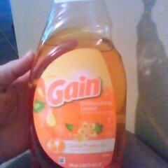 Photo of Ultra Gain Dish Liquid Soap Island Fresh uploaded by Emily L.